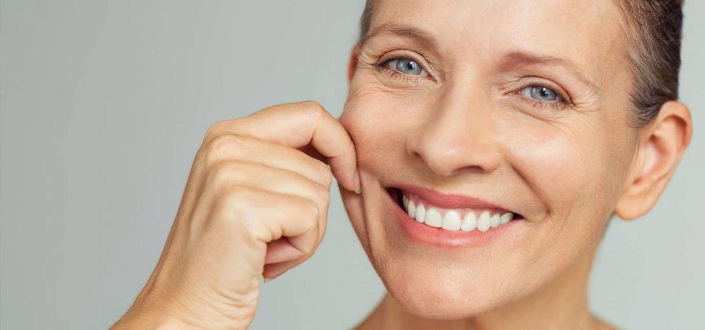female-new-teeth-photo